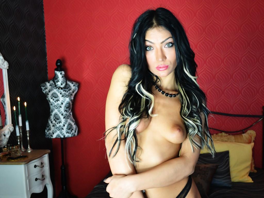 Live sex cam show DirtyHotAngel